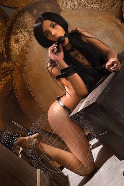 Lady Jennifer  MILANO 3240562902