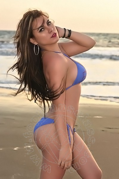 Jennifer Lopez  GALLARATE 3296957558