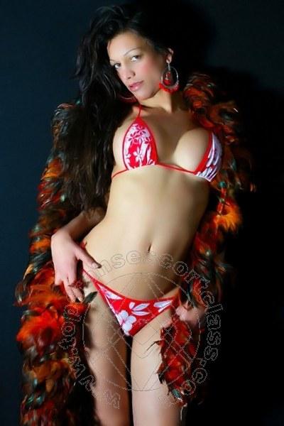 Laura Sexy  PISA 3318398715